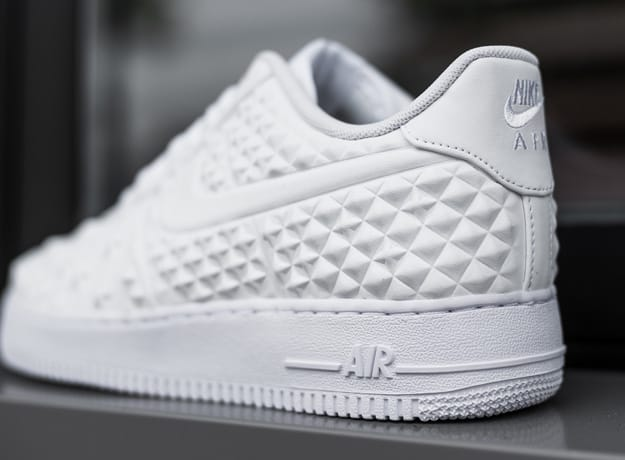 Nike Air Force 1 Lv8 Vt White