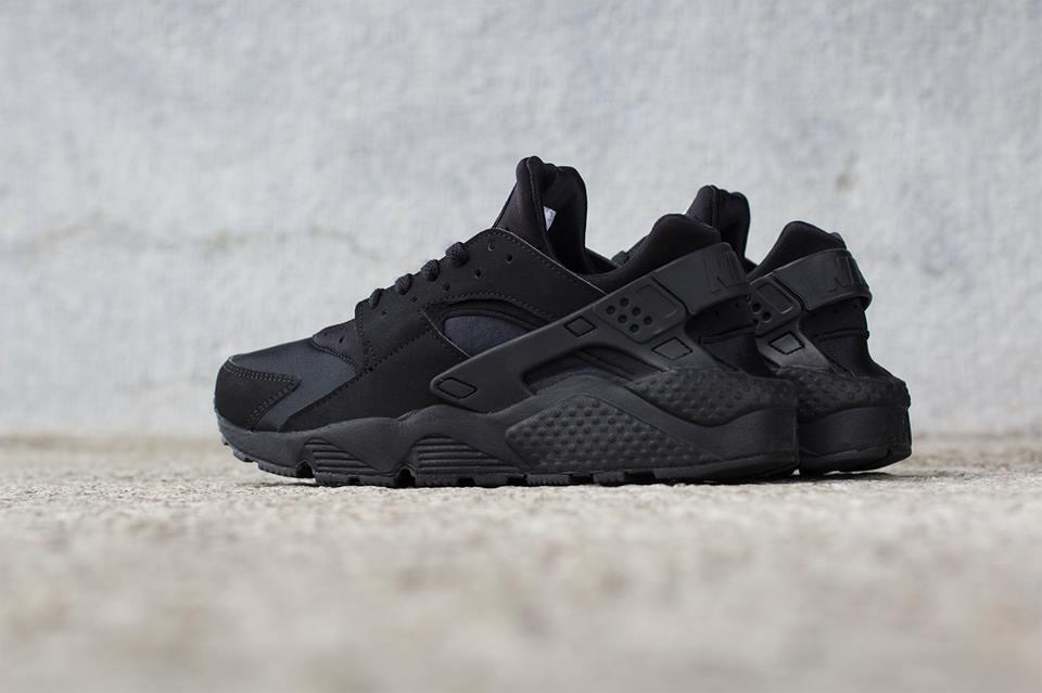 big discount new high quality hot sales Restock: Triple Black Nike Huarache | Natterjacks Blog