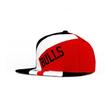 Bulls 1 on 1 Snapback - Black/Red