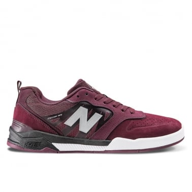 NM868 CWB - Cherry/Black