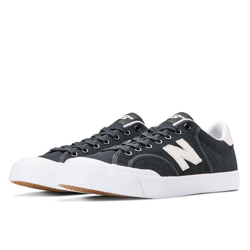 scarpe new balance uomo pro court