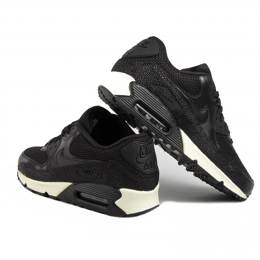 nike air max 90 black and white leather