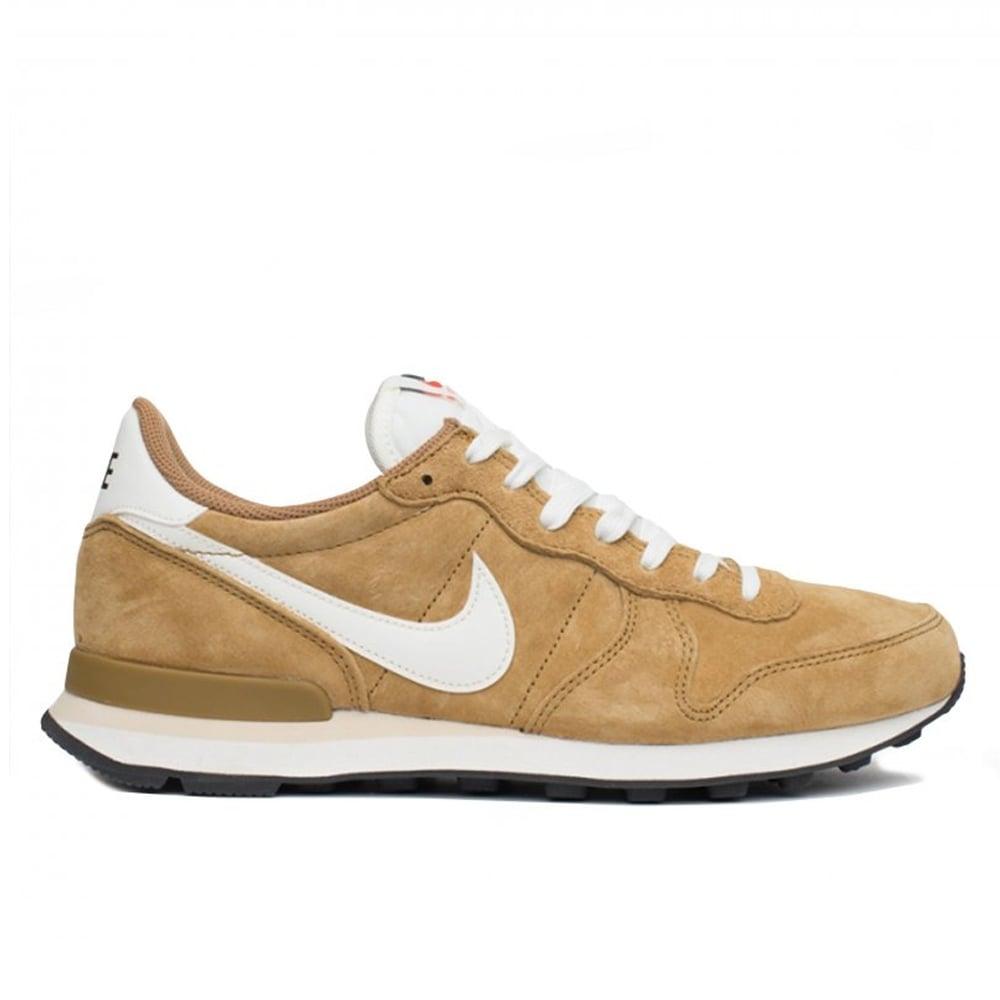 Golden Tan Nike Internationalist