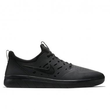 875dd41842bb Footwear