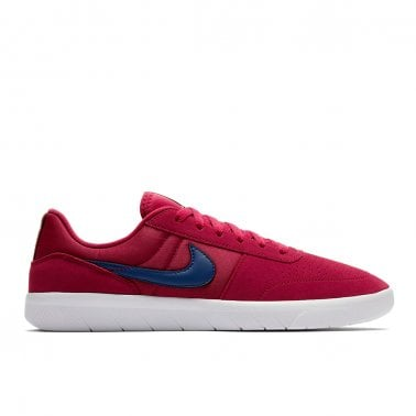 timeless design 074e5 0d4a6 New In. Nike SB Team Classic
