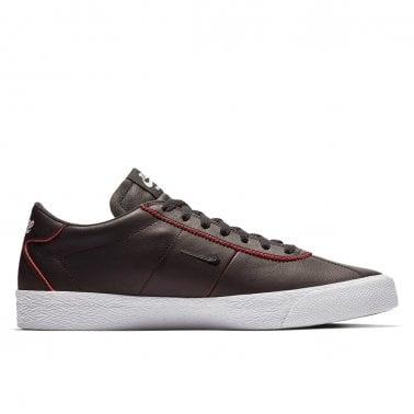 1e82685cc891 x NBA Zoom Bruin - Black Uni Red · Nike SB ...